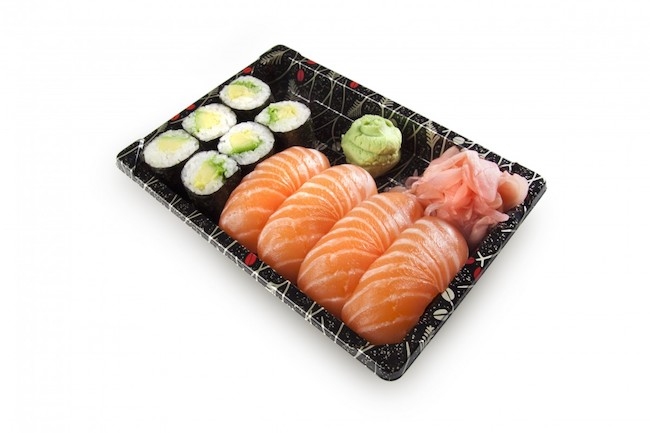 Can you Eat Salmon Raw from Grocery stores? - Easy Homemade